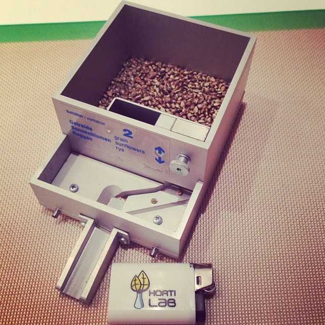 #hortilab #sweetpinkgrapefruitbx #seeds #hortilabshop #Amsterdam thanks for the @oilslickpad @smokinggear #420 #710 #w420 #weedstagram #weedstagram420